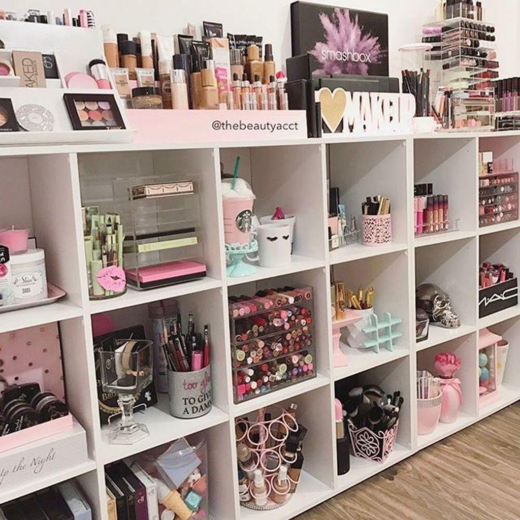 Homeinterior Decorators: Cool 37 Perfect Makeup Storage Ideas