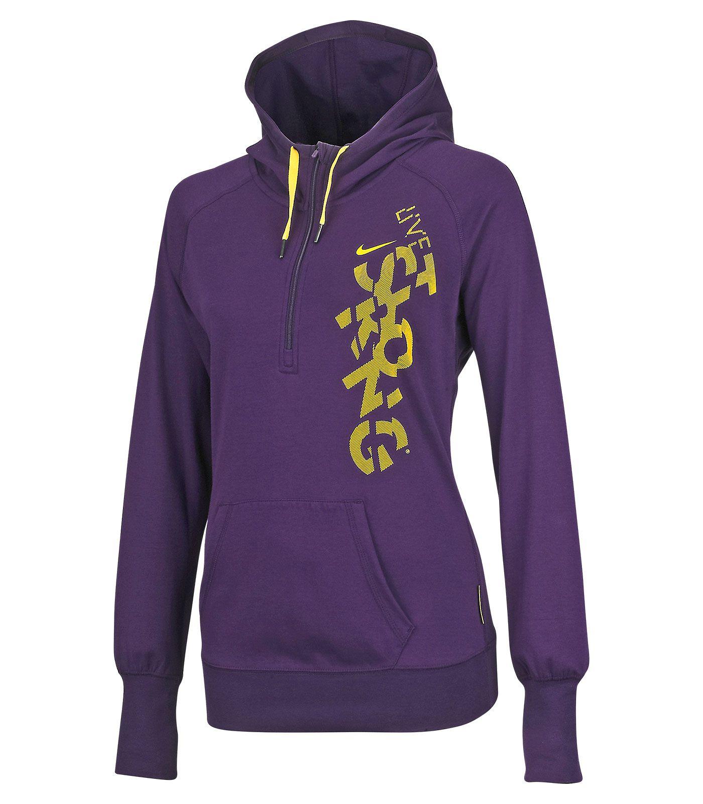 Sports Experts propose un large inventaire de vêtements sport pour femme.  Achetez nos meilleures marques en ligne: Under Armour, Adidas, Nike et bien  plus!
