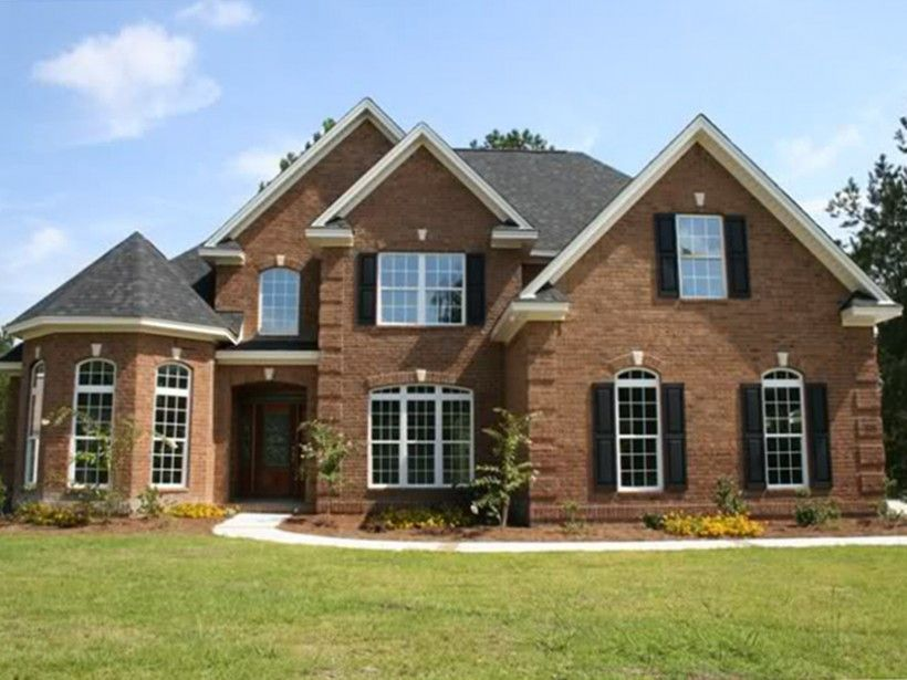 Traditional Style House Plan 4 Beds 3 Baths 2286 Sq Ft Plan 927 10 Country Style House Plans Brick House Plans Farmhouse Style House Plans