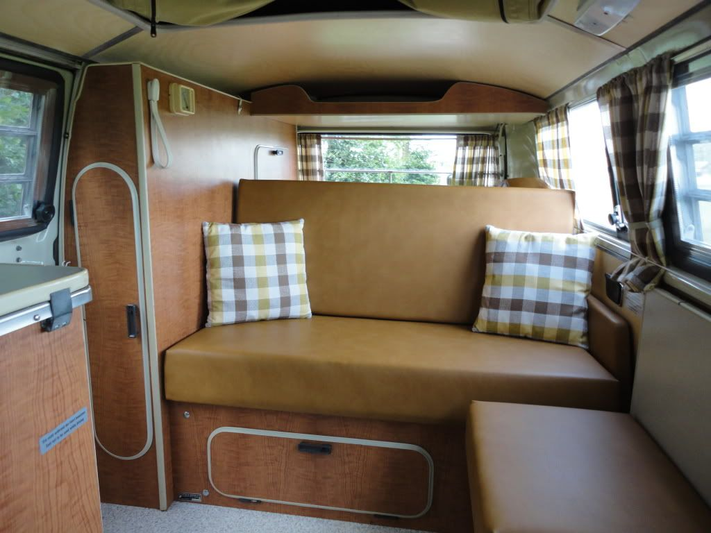 Vw westfaila campervan mustard vinyl interior very for Interieur 1970