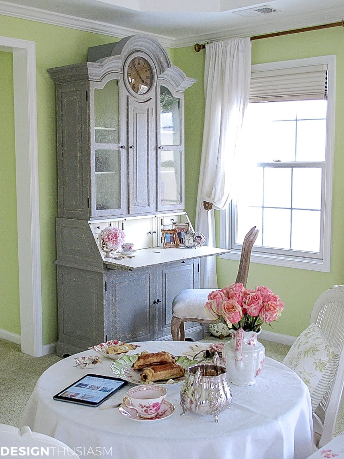 Master Bedroom Decor A French Style Breakfast Nook in the