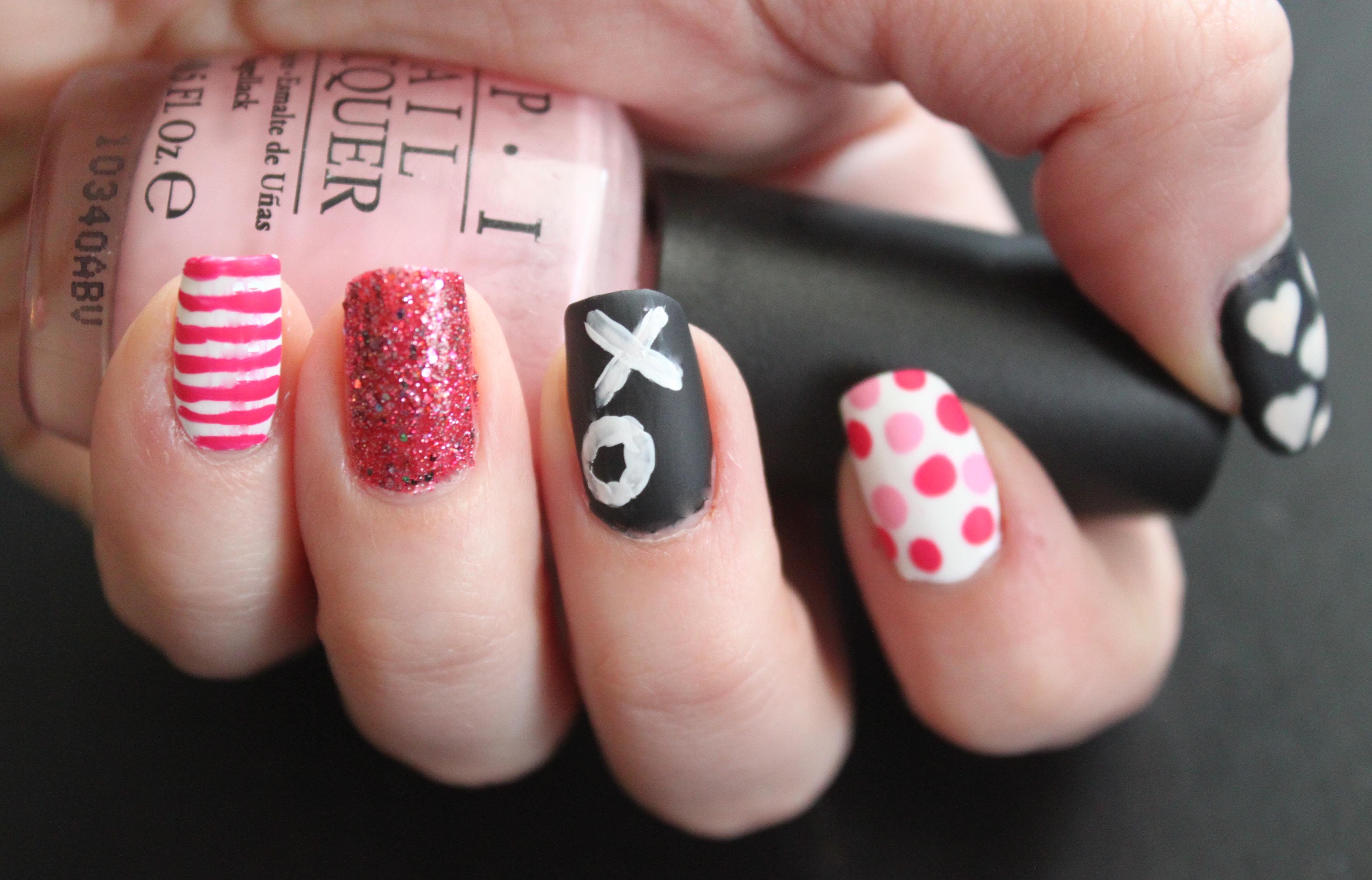 Valentine\'s Day Chalkboard Nail Art. Patterns. Glitter. Polka Dots ...