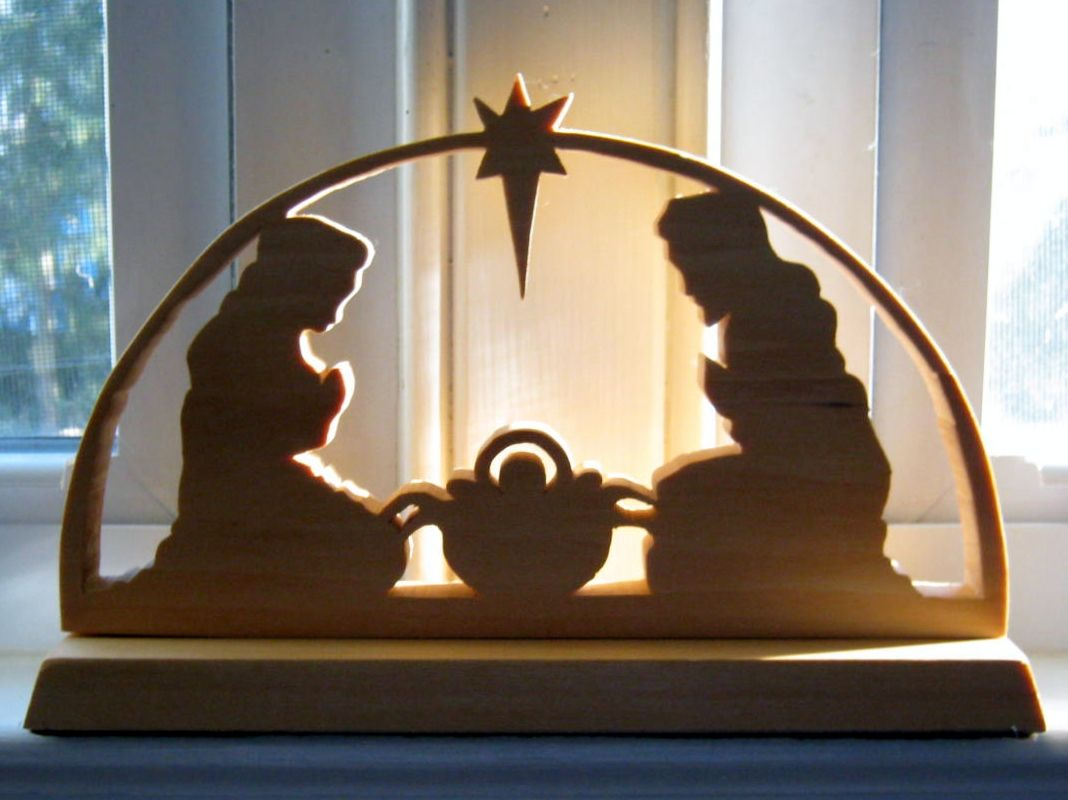 Outdoor wooden christmas decorations patterns - Nativity Scene Patterns Ago A Friend Gave Us This Gorgeous Gift A Beautiful Nativity