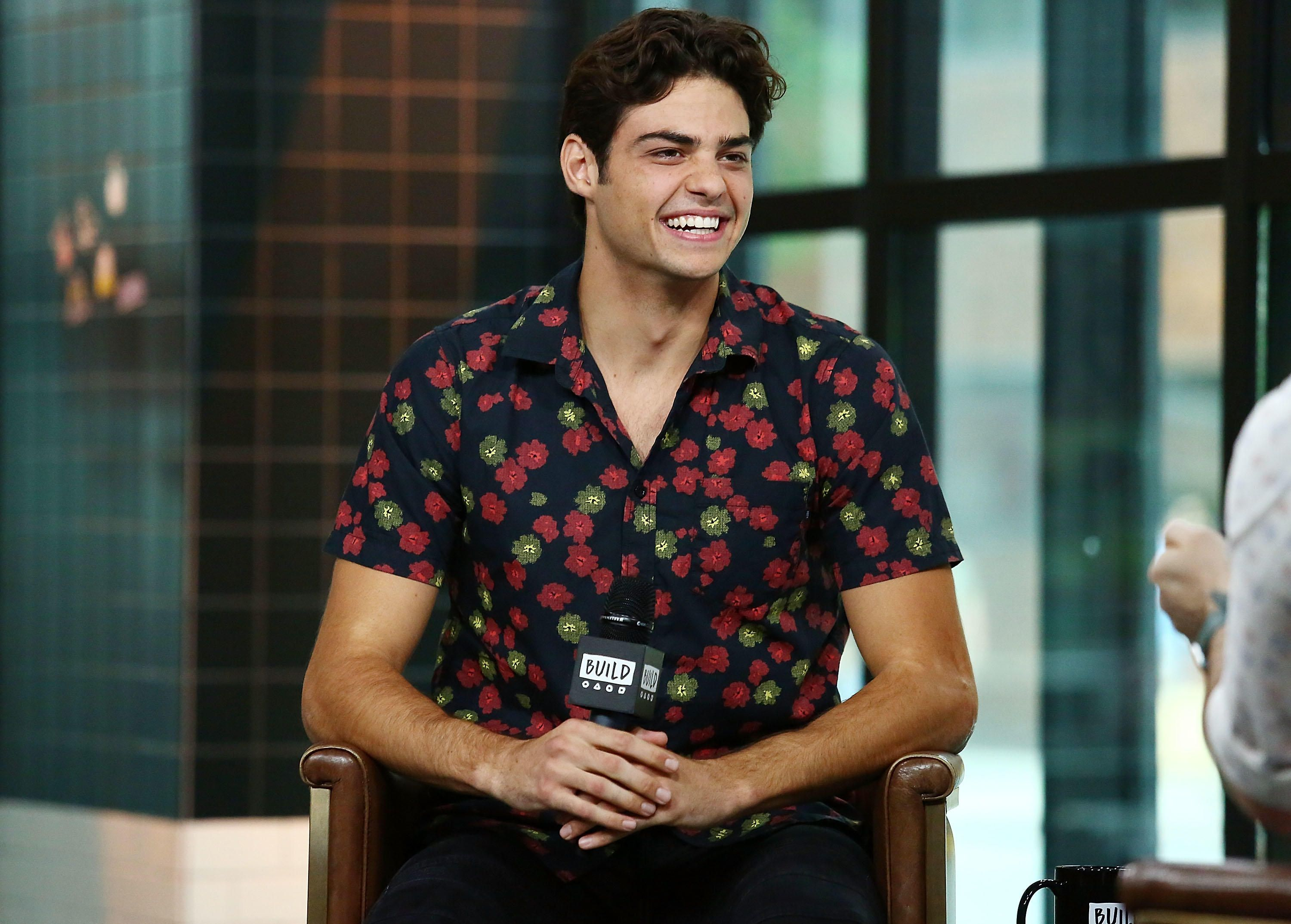 Noah Centineo Almost Didn T Play Peter In To All The Boys I Ve
