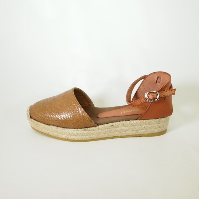 97e4b6fa537 Paseart Camel leather espadrilles