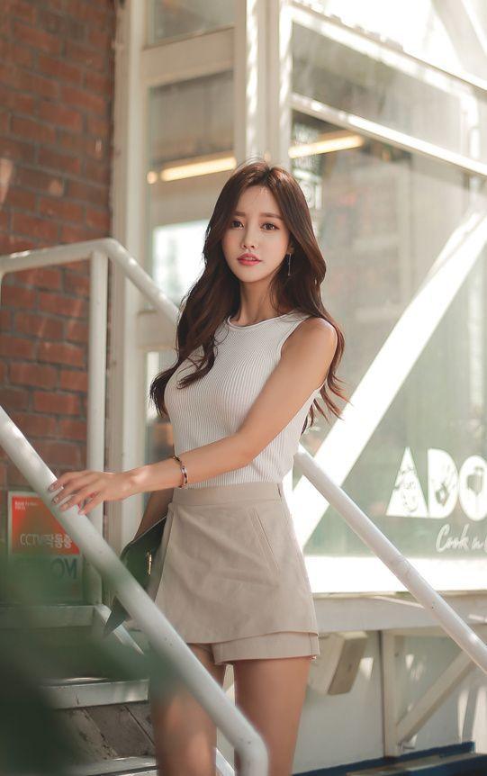 韓国の9等身モデル 孙允珠(Son Youn Ju)の抜ける画像   Son Yun ju