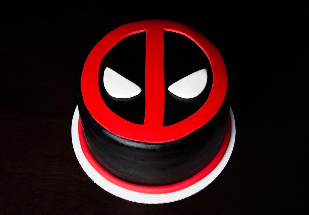 Deadpool Cake On Pinterest Wolverine Cake Joker Cake