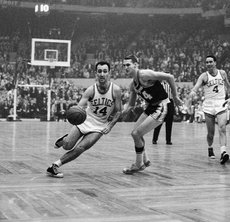 張伯倫50+25無緣MVP!候選8人全是名人堂,1962年MVP競爭有多激烈?-籃球圈