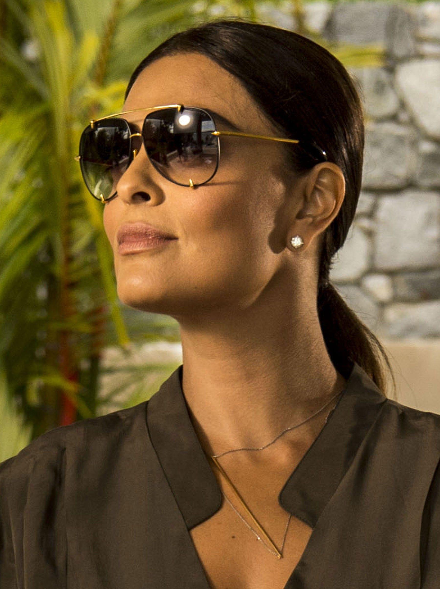 Óculos grandes estão entre os acessórios preferidos de Carolina (Foto  TV  Globo Divulgação) 2298fa0ea7
