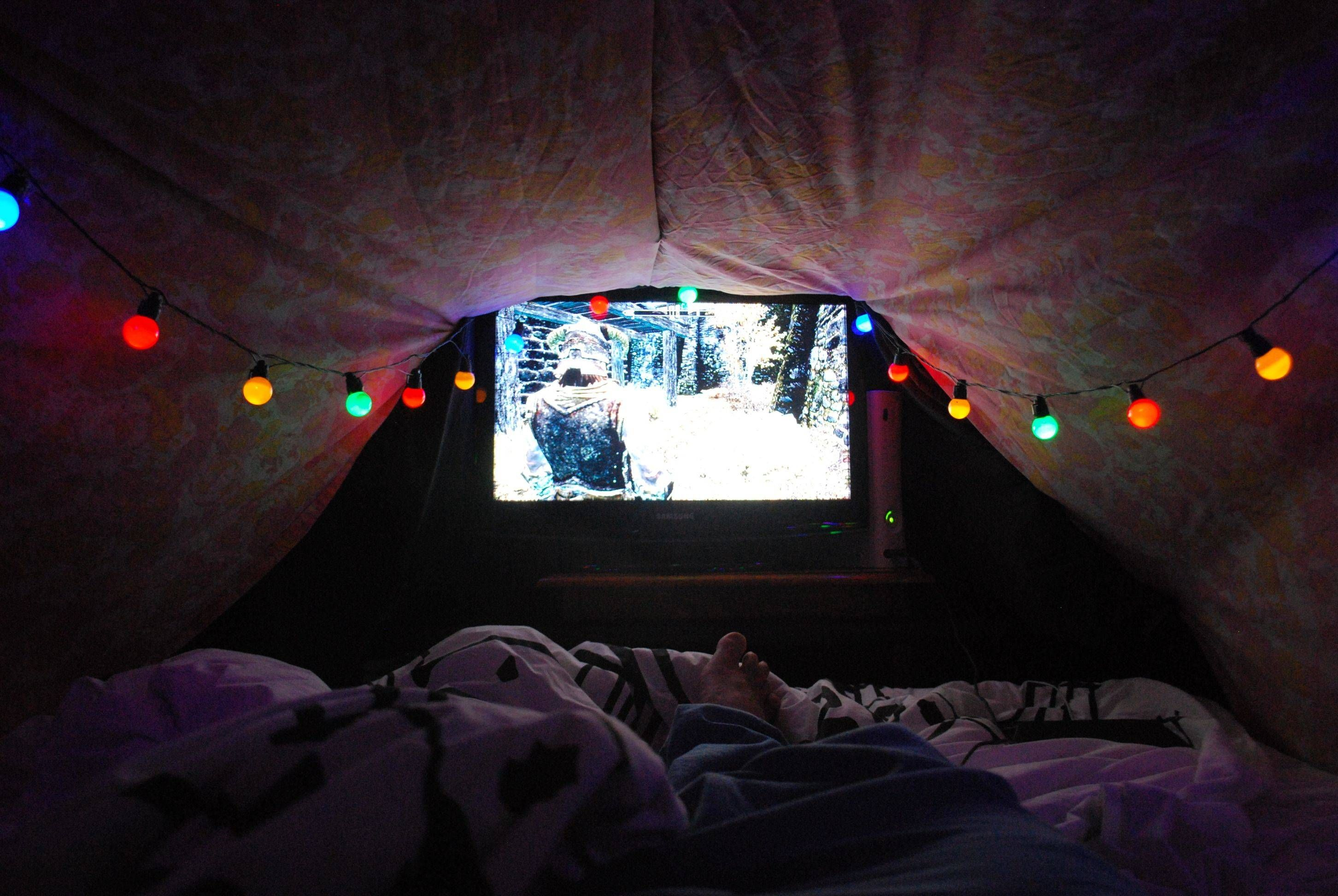Blanket Forts Add A Tv To Your Blanket Fort To Add A Few