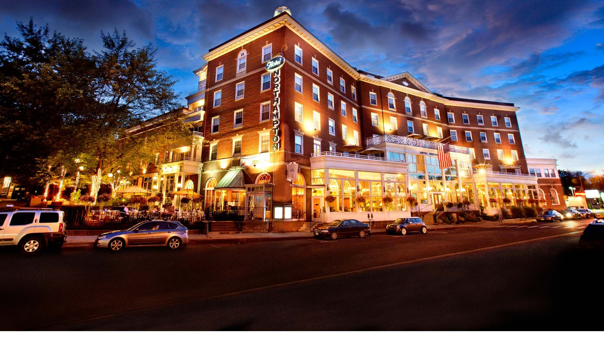 Wiggins Tavern in the Hotel Northampton - Northampton, MA ...