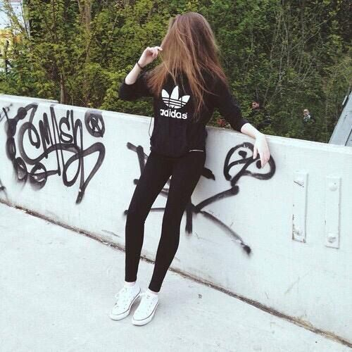 Imagen vía We Heart It #adidas #black #girl #outfit #street #