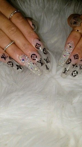 Follow Parisnails 17 Lv With Swarvoski Pixie Crystals Coffinnails Pinkandwhite Frenchfade In 2020 Gucci Nails Bling Nails Dream Nails