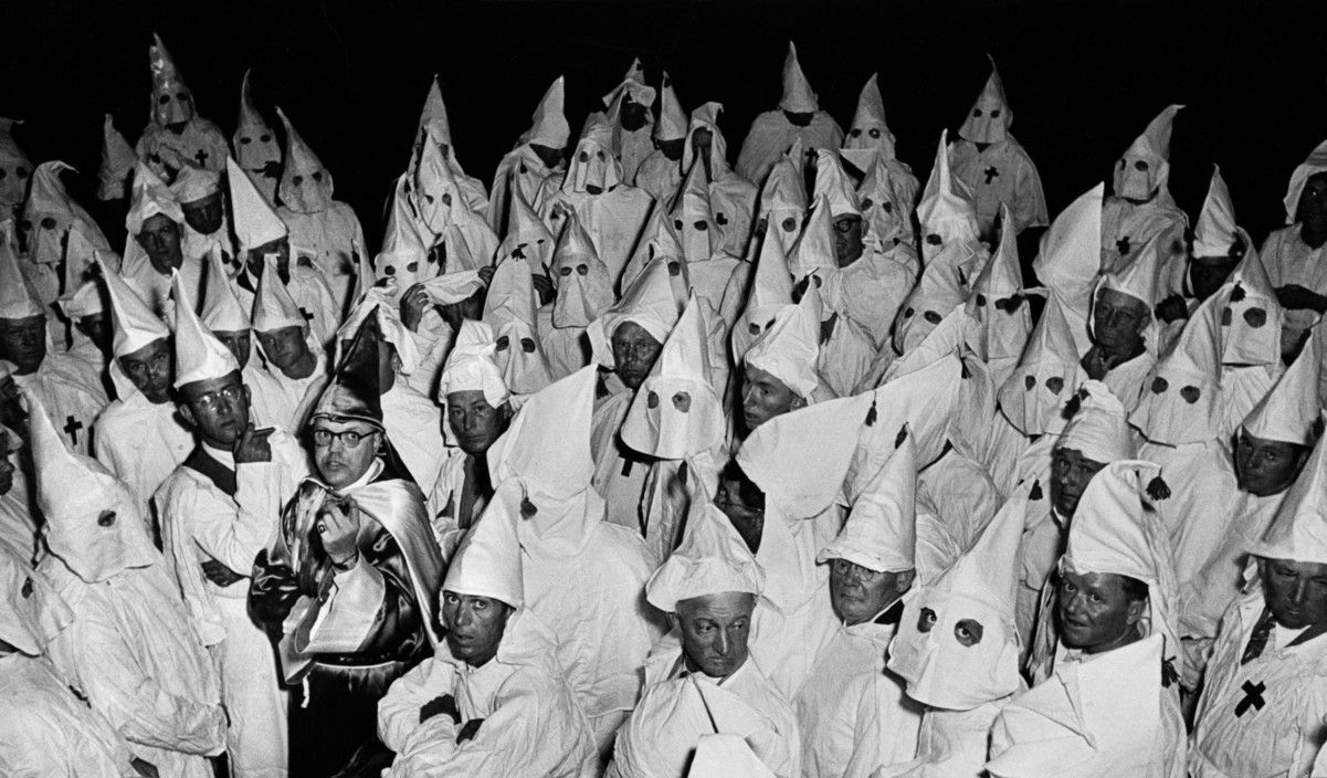 usa north carolina ku klux klan meeting hooded crowd ku klux klan meeting 1951 hooded crowd leader