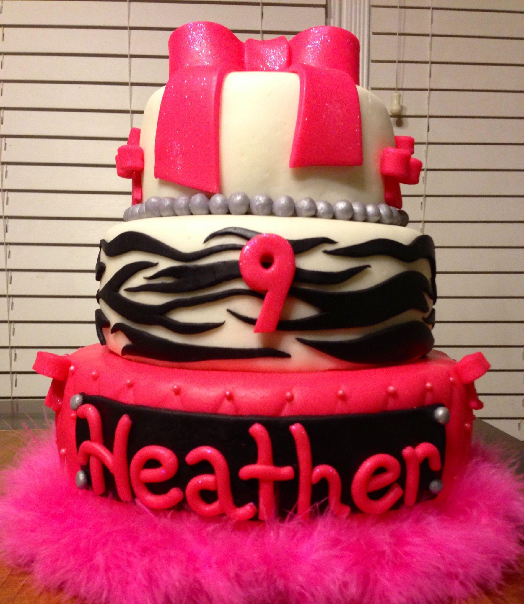 Little girls birthday cake cake decorating Pinterest Girl