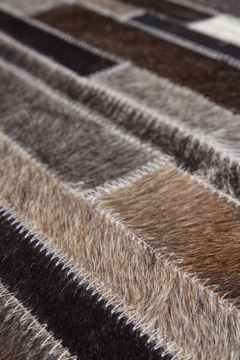 Un Tapis Patchwork Pour Un Interieur Style Leroy Merlin In 2020 Grey Rugs Rugs Decor