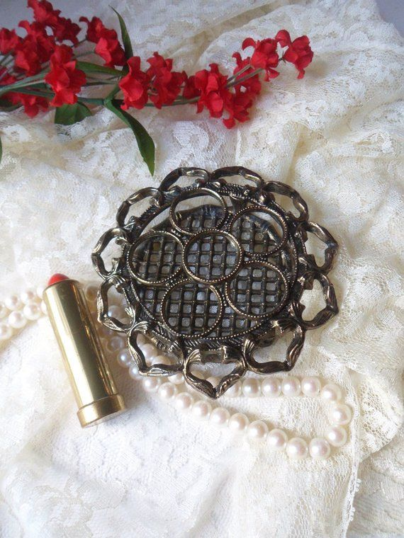 Round Lipstick Tube Holder with Hearts and Rings, Victorian Holder for Six Lipsticks -  Round Lipst