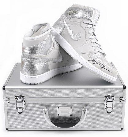 6424596f134 Michael Jordan - Autographed Sneaker -  2