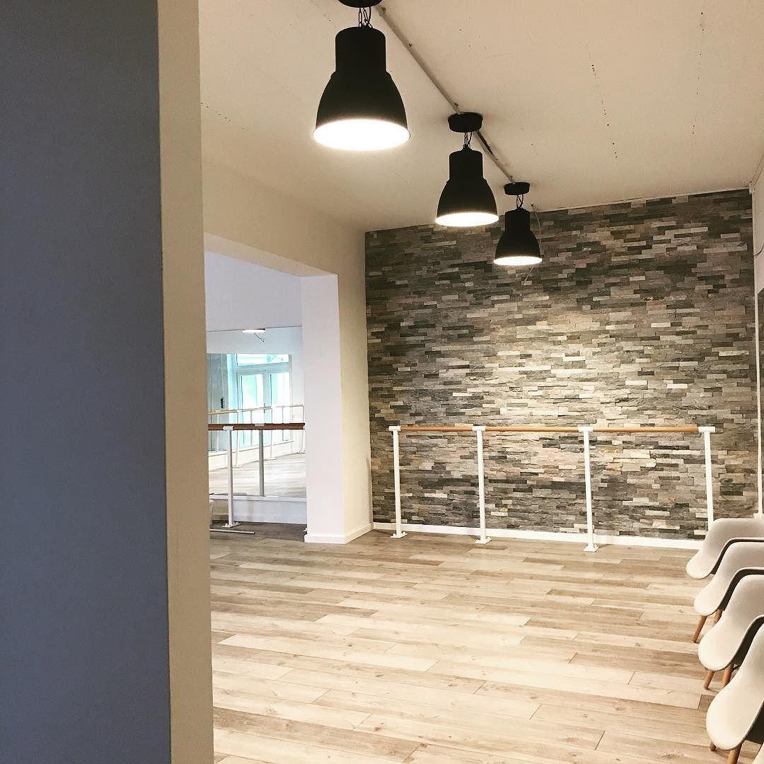 hello youpila studio 3 aus einer alten werkstatt in einem rh za pinterest com New Home Peaceful Home Decor