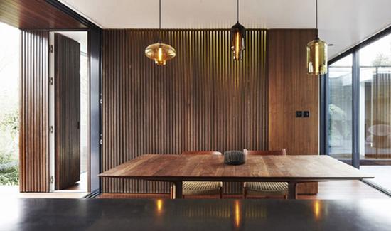 Glass Pendant Lamps Warm Up a '60s London Bungalow