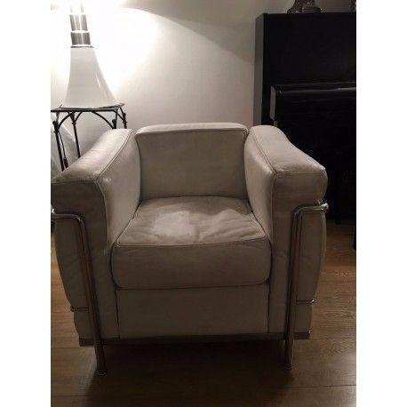 fauteuil lc2 le corbusier salon living room le corbusier furniture et decor. Black Bedroom Furniture Sets. Home Design Ideas