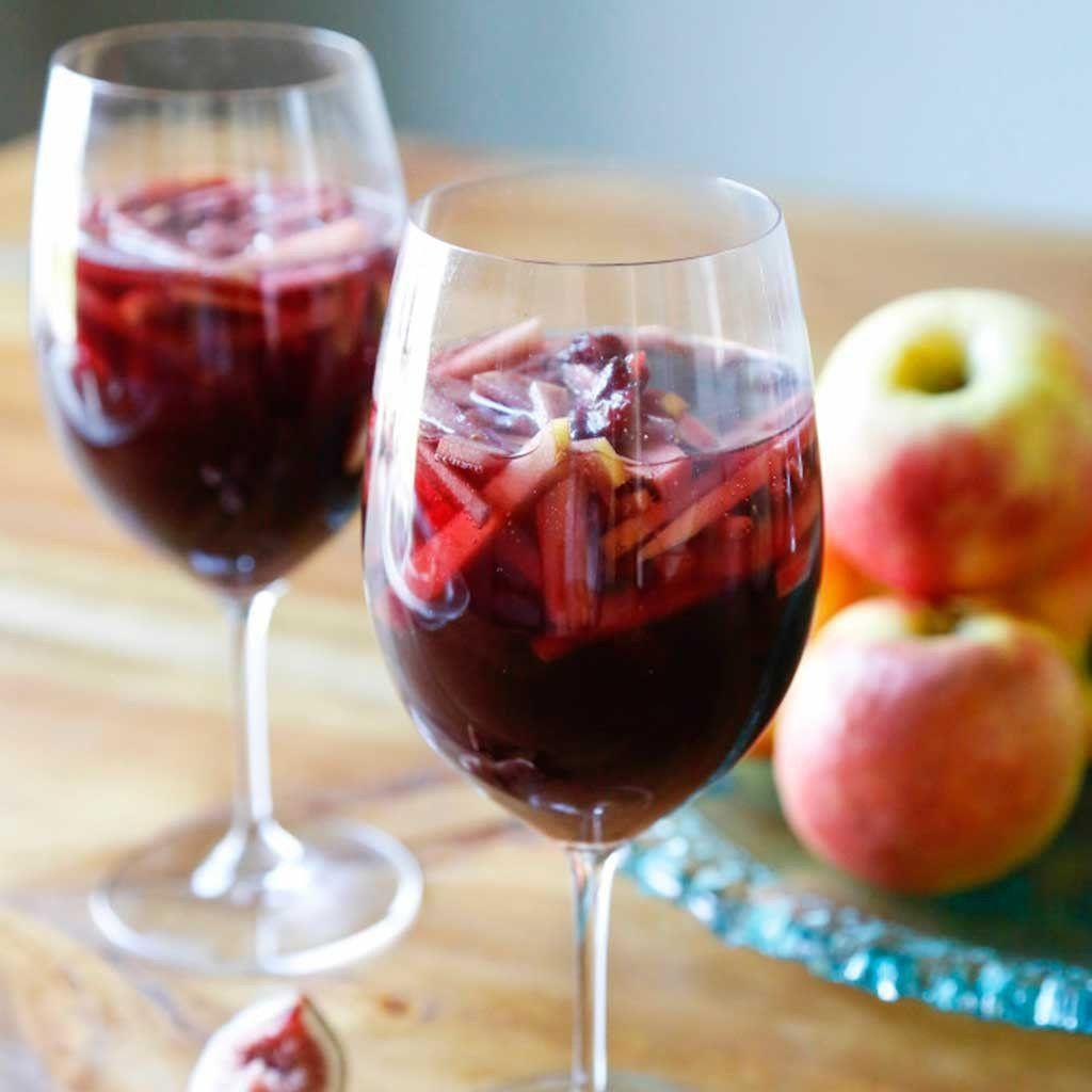 Spiced Apple Sparkling Sangria Sangria Recipes Food Recipes