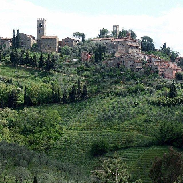 """Bald ist #frühling :) hier gehts zu den Infos: www.tuscany-exclusive.it #toscana #toskana #tuscany #toskanaurlaub #urlaub #urlaubmithund #urlaubmitkindern…"""