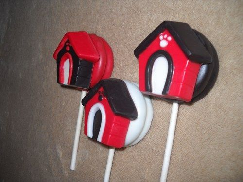 1 Chocolate Clifford The Big Red Dog House Oreo Lollipops Lollipop