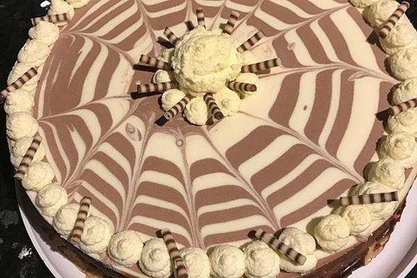Zebra - Torte von Wuschel27 | Chefkoch