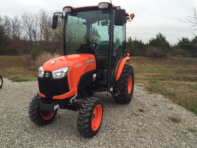 Kubota B2650 Tractor overview | Hobby farming | Tractors