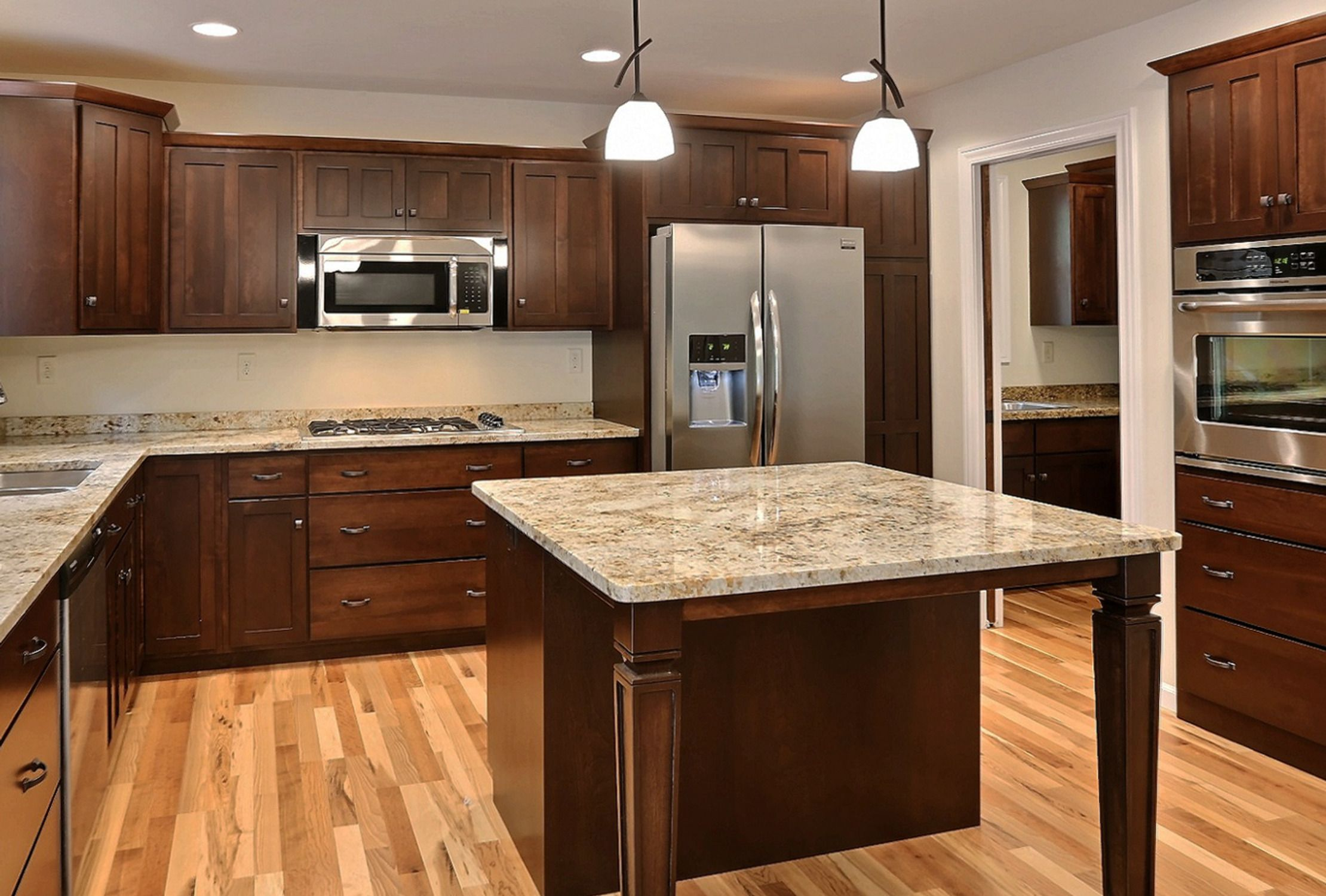 Colonial Cream Granite Kitchen Lr12 Azalea Floor Plan Mission Two Panel Style Cabinets In