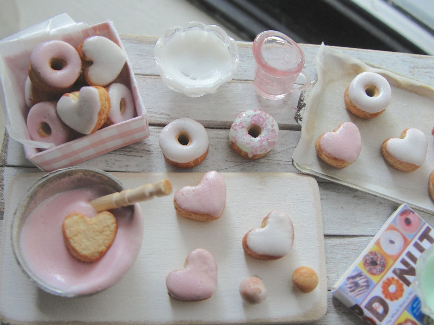 Dollhouse miniatures baking doughnuts by Kimsminibakery on Etsy