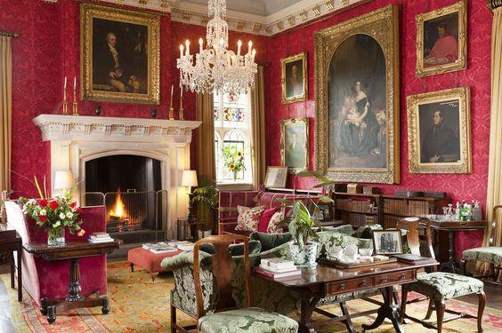 Pin di emma biondi della sdriscia su beautiful houses for Case stile inglese interni