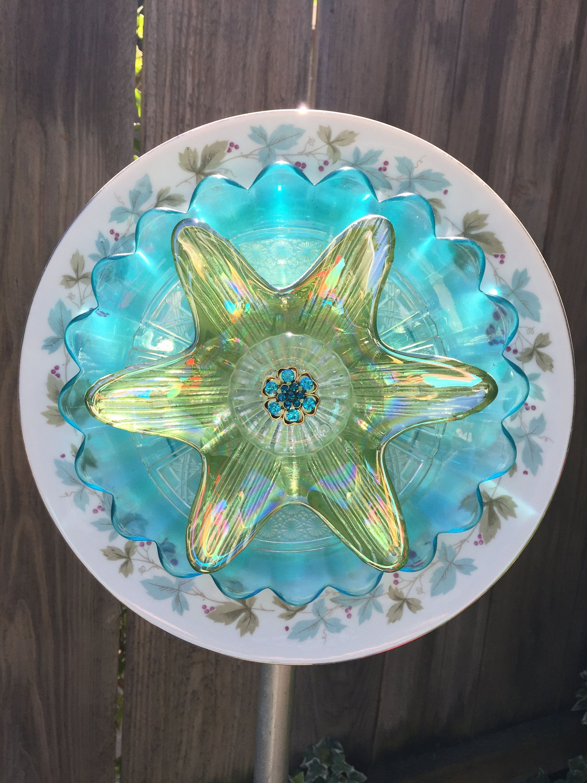 Plate flower, Vintage Glass, Garden Decor \