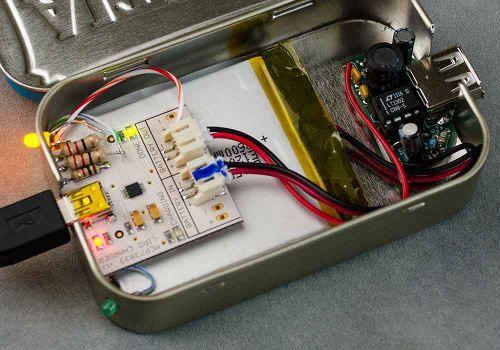 elektronica en altoids-blikjes