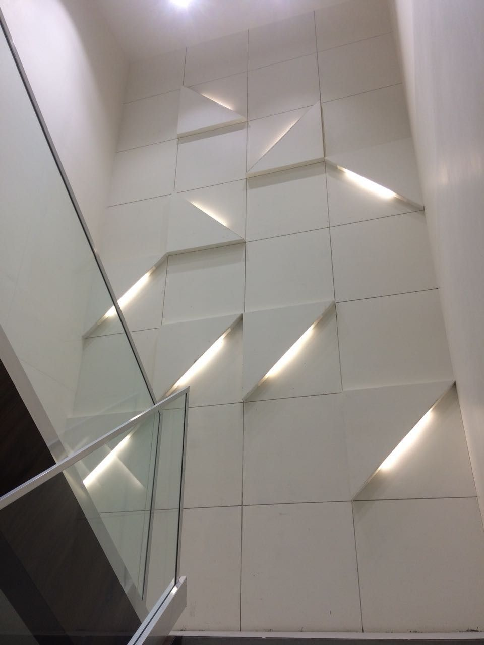 Best Staircase Landing Wall Pattern Staircase Landing Wall 400 x 300