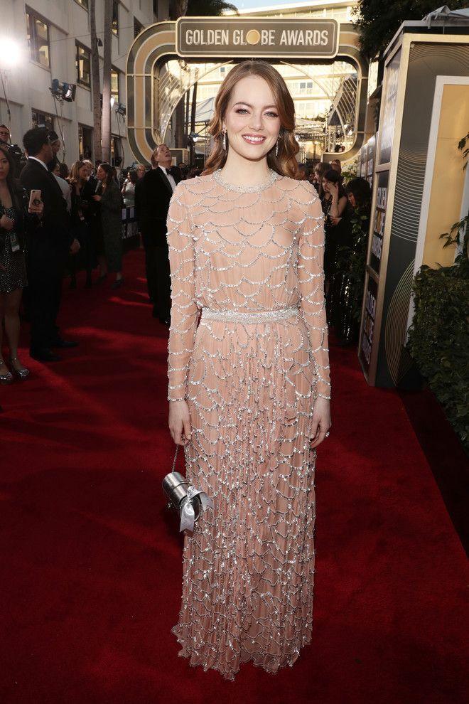 Сама нежность: Эмма Стоун в платье Louis Vuitton на ...