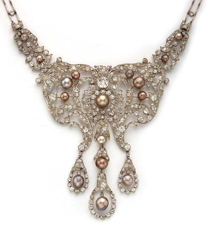A belle époque diamond and natural pearl necklace, Dreicer & Co, circa 1905. SO pretty.