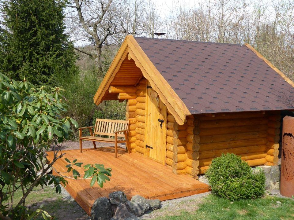 Bestellen Sie Eine Urige Aussensauna Aus Echten Baumstammen Die Russische Sauna Banja Ist Auch Als Bausatz Zum Selbs Sauna Kaufen Sauna Bausatz Style At Home