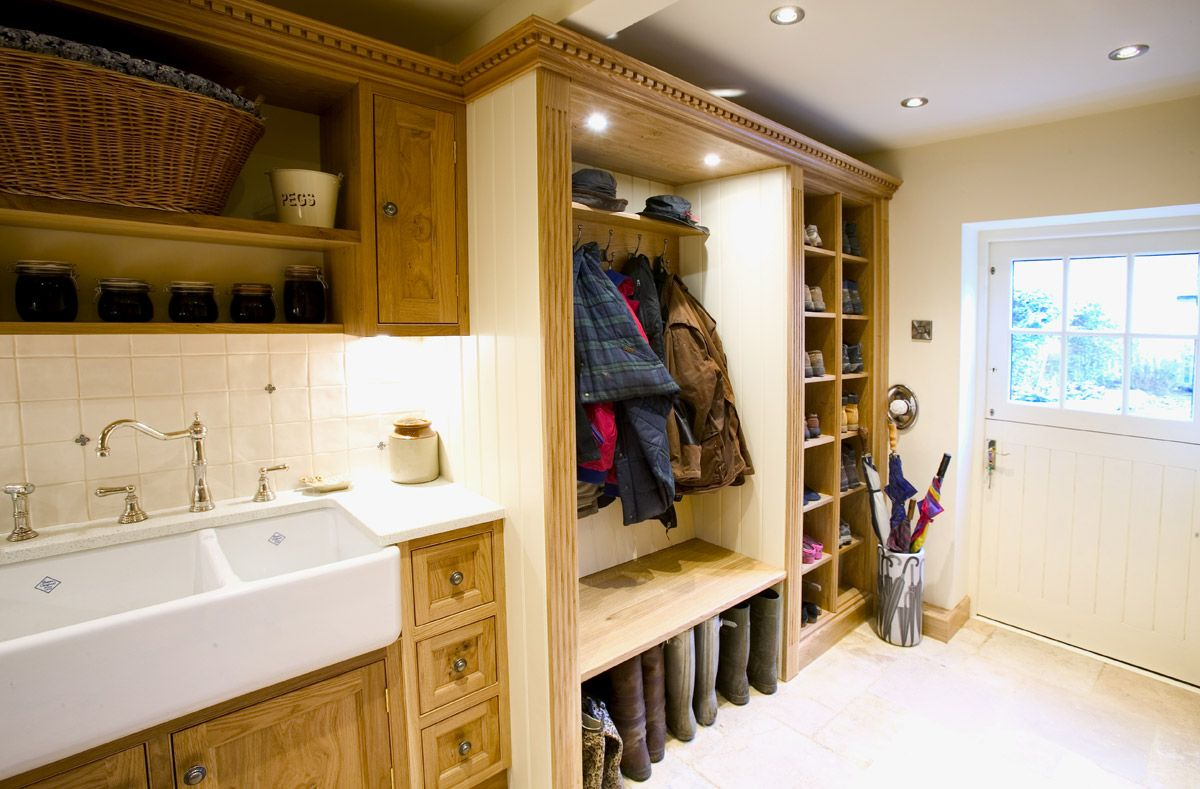 COME Home dirty, clean up a bit here..   Entryways & Mudrooms