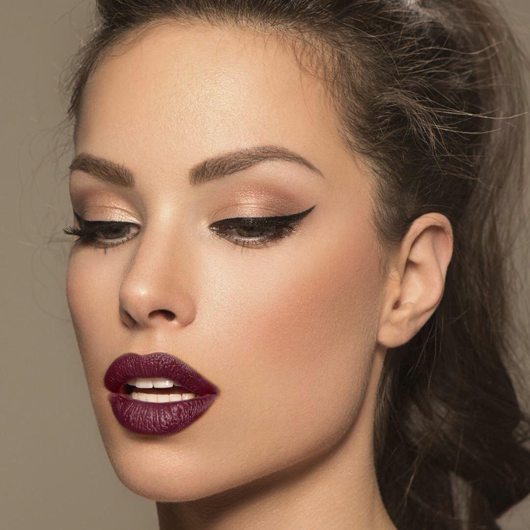 How To Rock PlumLipstick picture