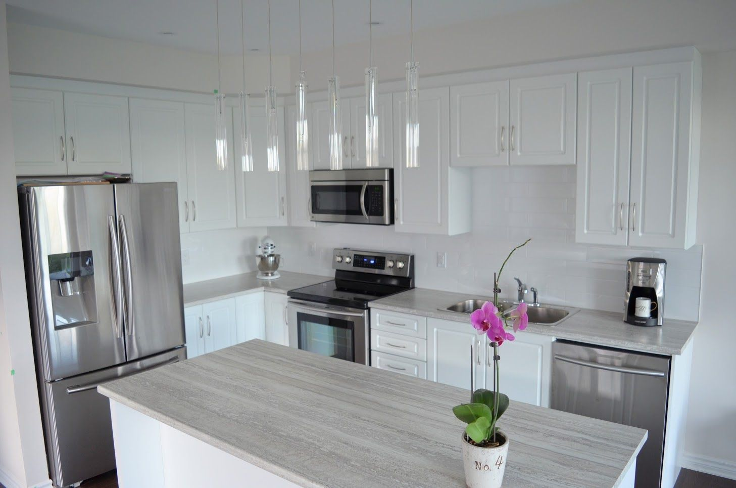 Best Open Concept Kitchen With Island Light Colour Laminate 400 x 300