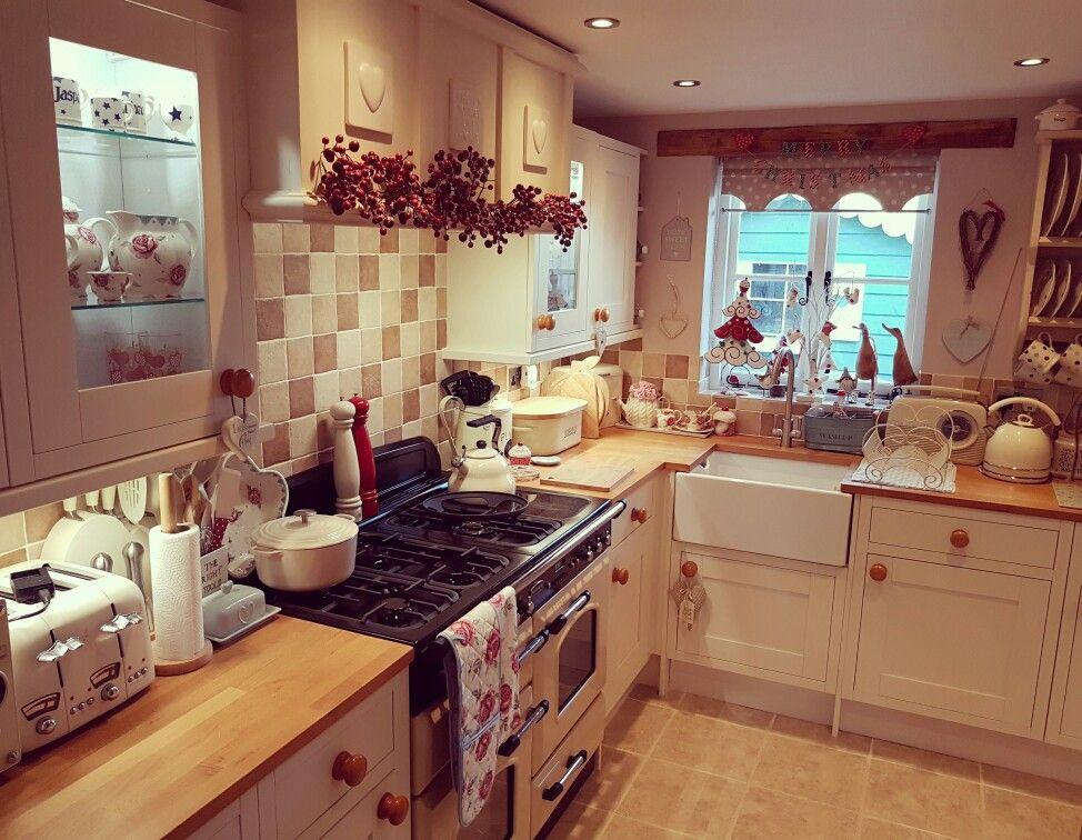 Pin de Sarah Cann en St Mary\'s Cottage (my home) | Pinterest | Cocinas