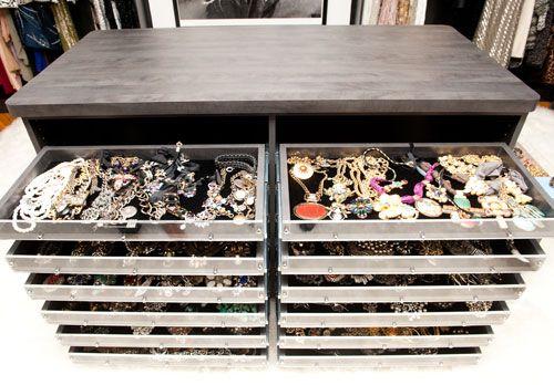 Luxury Walk In Closet Jewelry Island Closet Designs Walk In Closet Closet Design