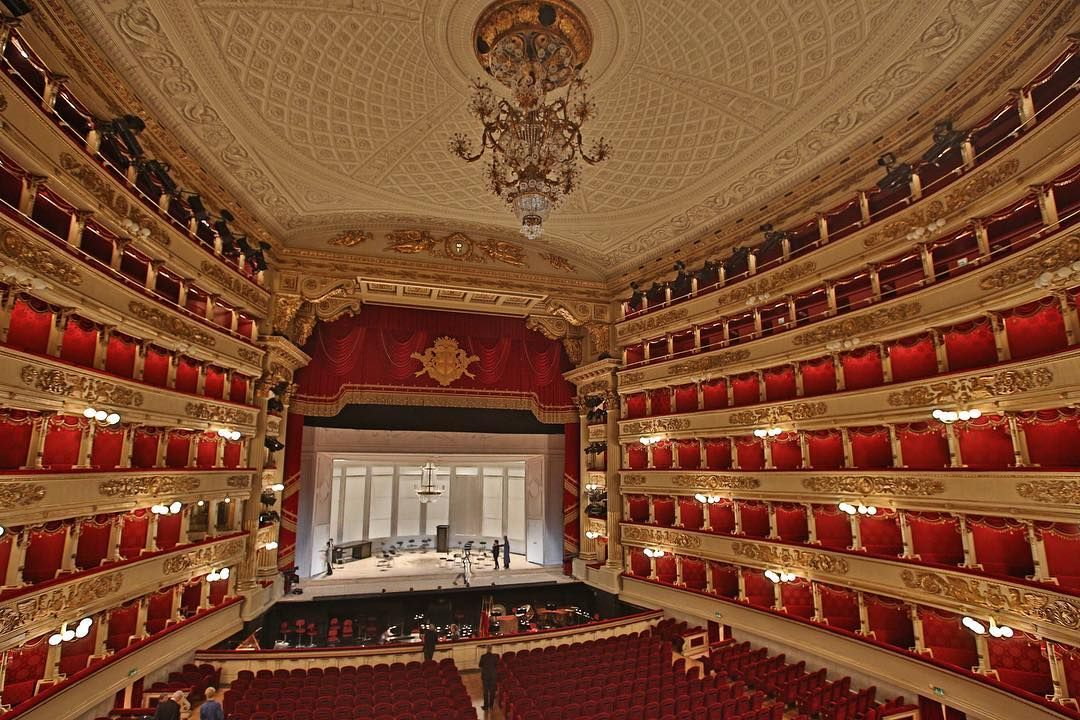 A tour of Teatro alla Scala in Milan - the most famous ...