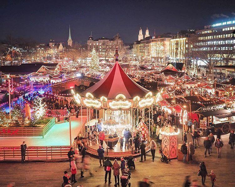 Christmas Market In Zurich Switzerland In 2020 Christmas In Italy Switzerland Christmas Christmas Travel Destinations