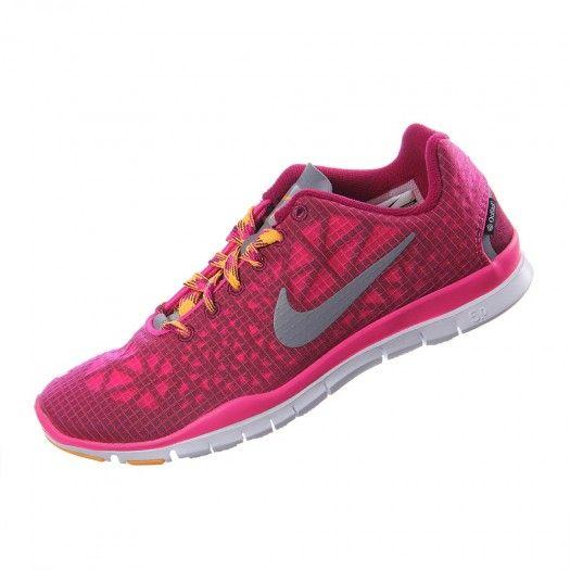 new concept 262a0 ea5d8 ¡Escoge comodidad y estilo con los tenis Free TR Fit 3 All Conditions de Nike  para mujer!