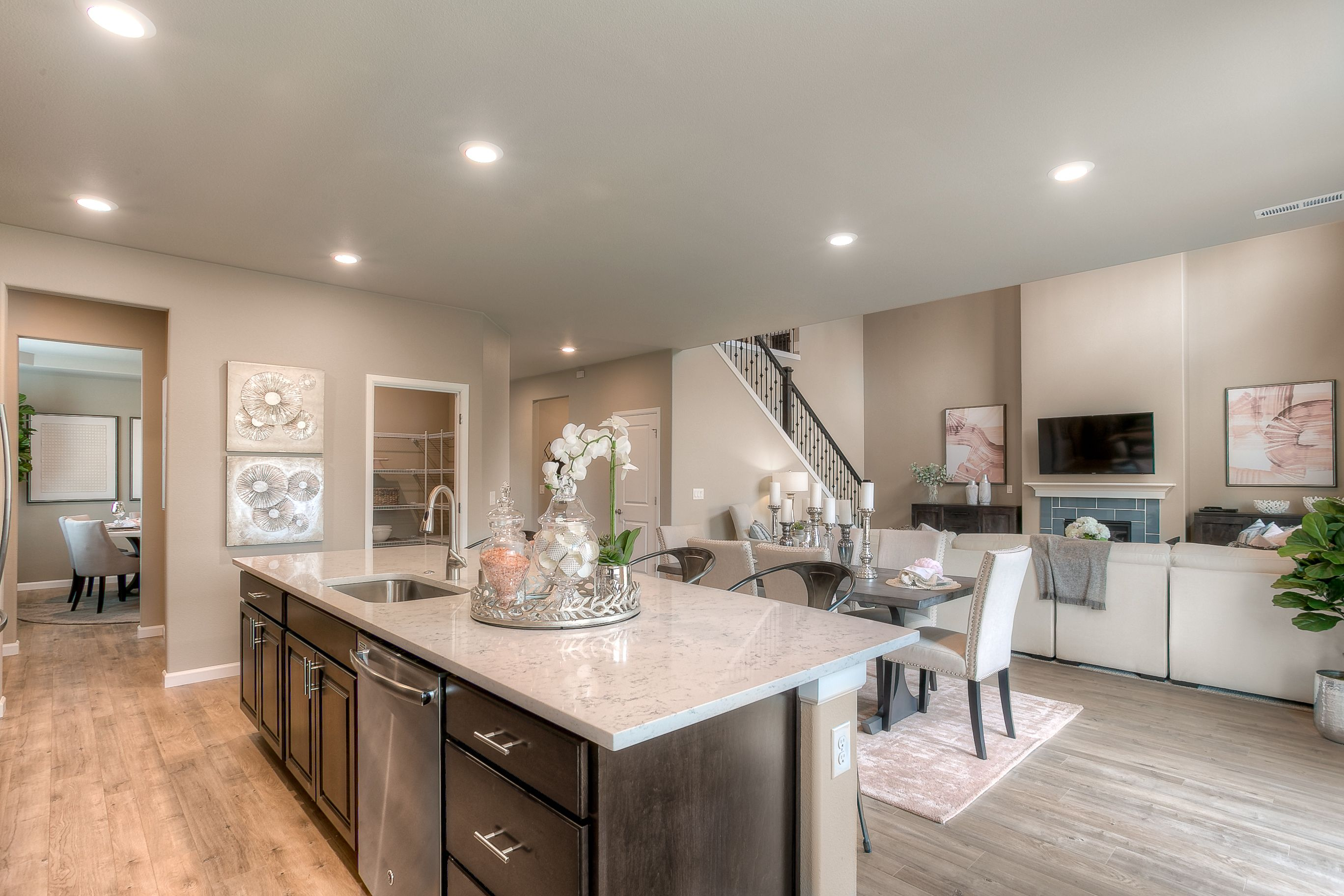 Gorgeous Kitchen And Great Room In The Carnation Floorplan By Lennar Seattle Gorgeous Kitchens Home New Homes