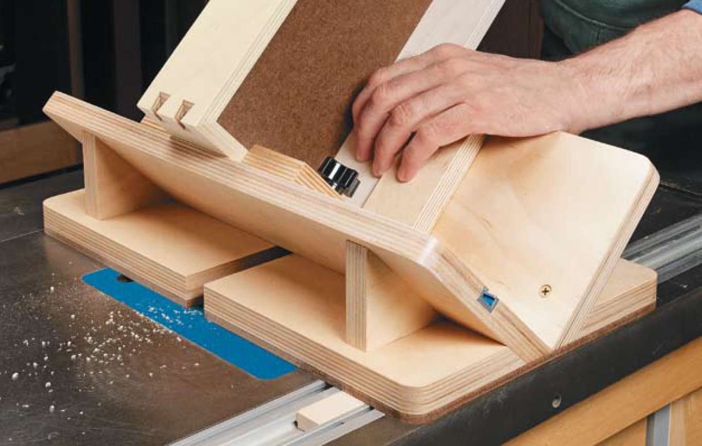 Router table dovetail key jig woodsmith plans pinterest router router table dovetail key jig greentooth Gallery