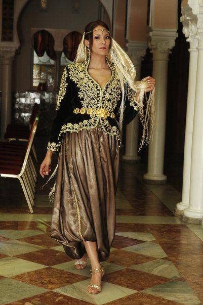 Le karakou Algérois, couture traditionnelle algérienne